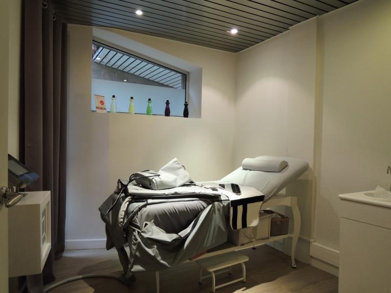 Rental office Neuilly-sur-seine 3125€ HC - Picture 10