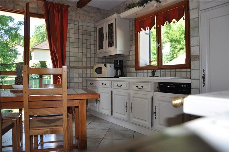 Sale house / villa Dortan 350000€ - Picture 5