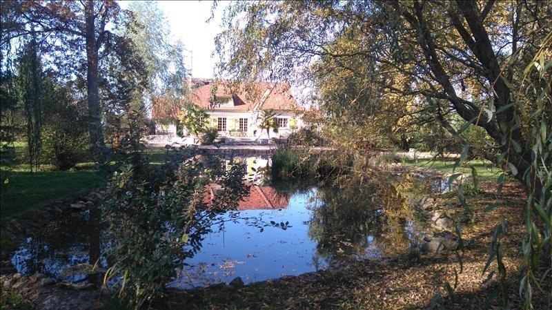 Sale house / villa Suevres 405000€ - Picture 1