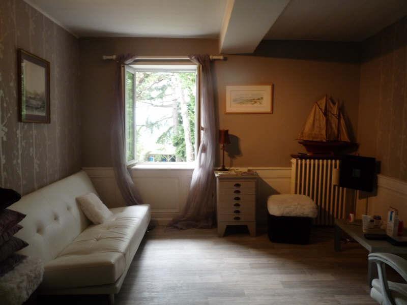 Location maison / villa Fontaines st martin 1650€ CC - Photo 9