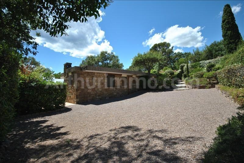 Deluxe sale house / villa St raphael 670000€ - Picture 10