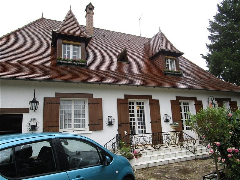 Sale house / villa St germain du salembre 376 000€ - Picture 1