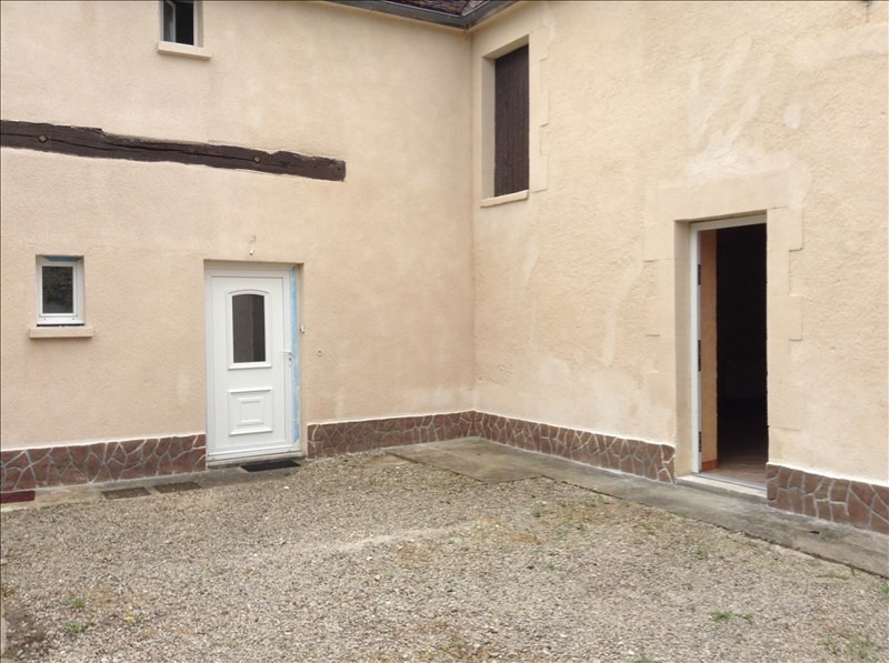 Rental apartment Maligny 380€ CC - Picture 1