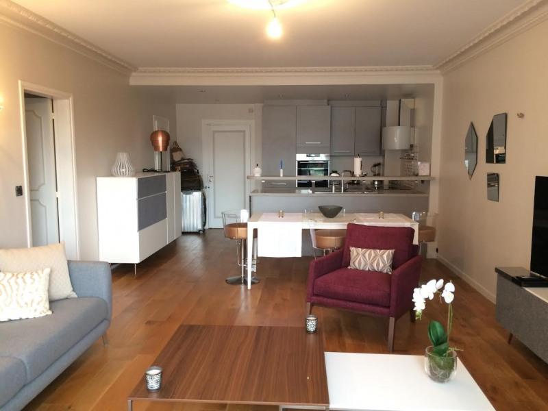 Location appartement Paris 8ème 2970€ CC - Photo 3