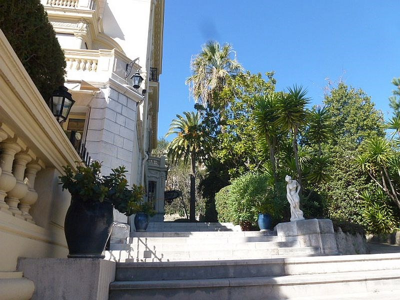 Sale apartment Nice 163 000€ - Picture 1