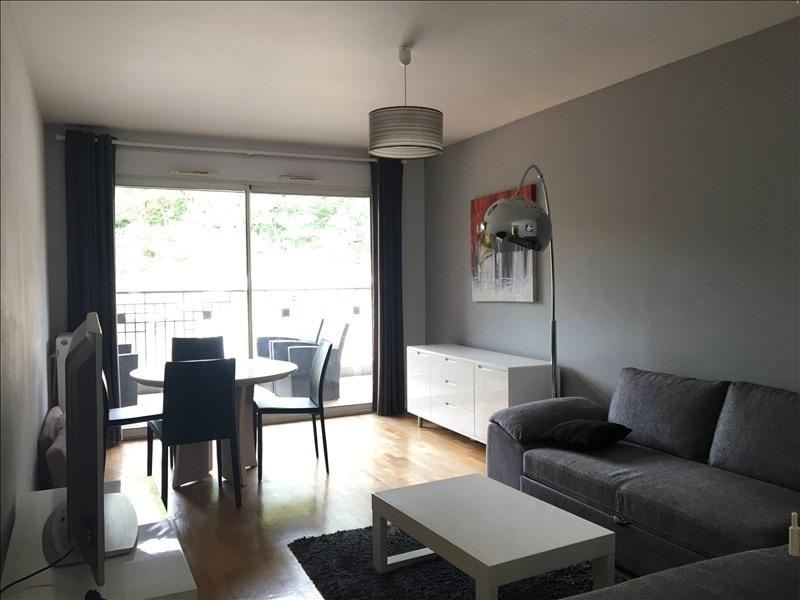 Venta  apartamento Charbonnieres les bains 272000€ - Fotografía 1