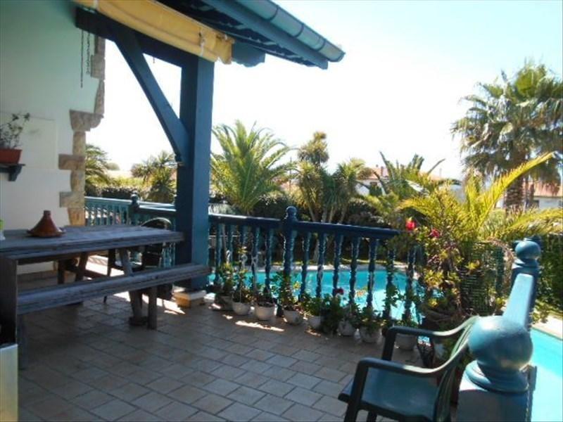 Deluxe sale house / villa Bidart 1095000€ - Picture 1