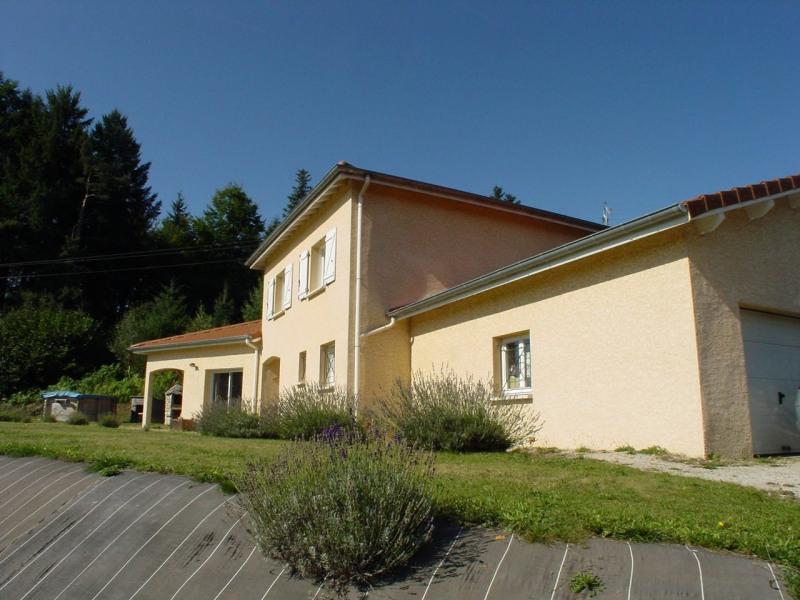 Sale house / villa Montfaucon en velay 218000€ - Picture 1
