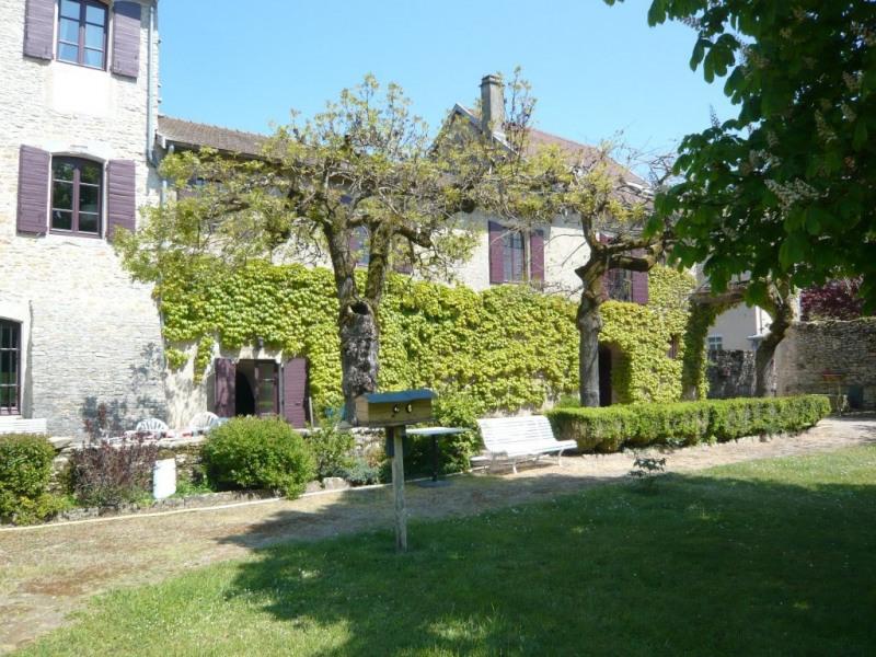 Deluxe sale house / villa Cremieu 850000€ - Picture 1