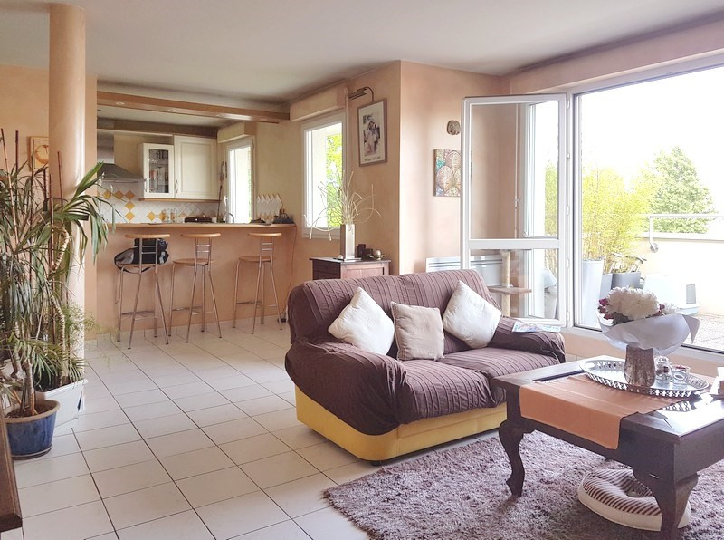 Sale apartment Le plessis-trévise 365 000€ - Picture 1