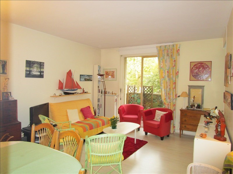 Sale apartment Versailles 320 000€ - Picture 1