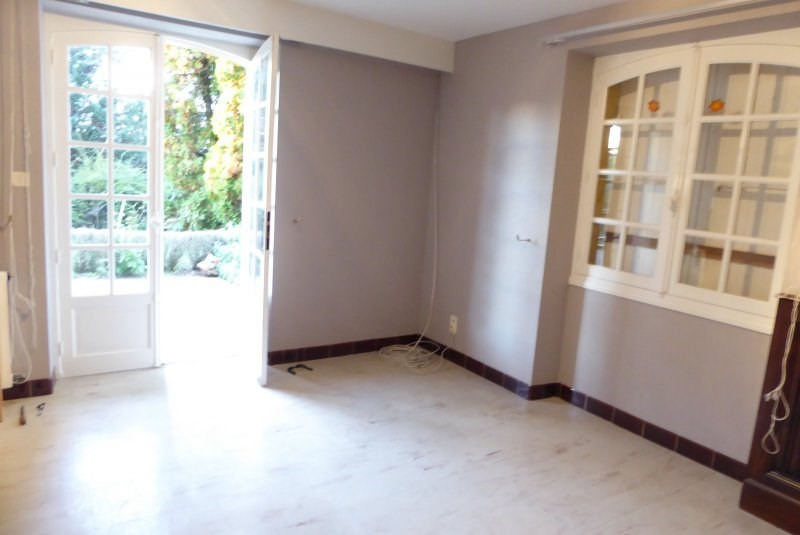 Rental apartment Terrasson la villedieu 440€ CC - Picture 2
