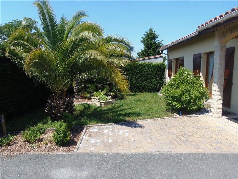 Sale house / villa Cussac fort medoc 367500€ - Picture 2