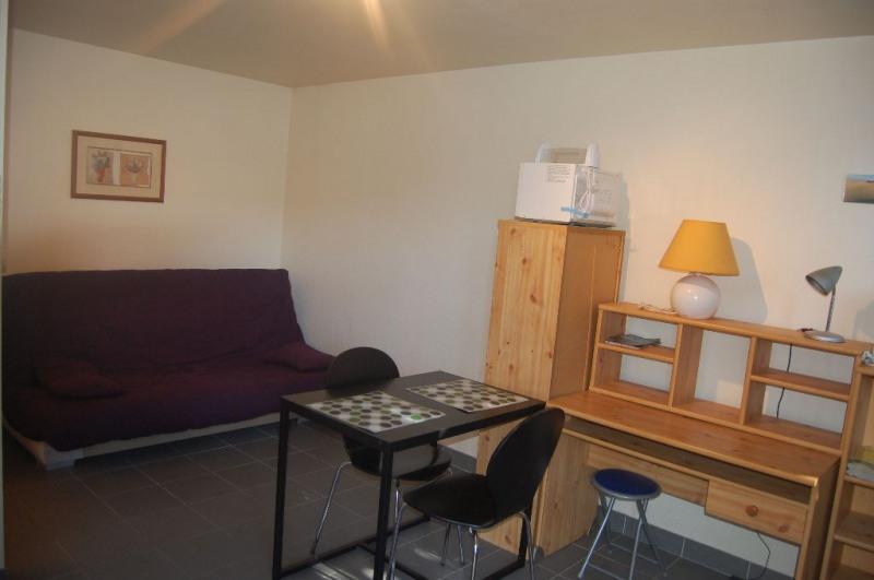 Rental apartment La rochelle 402€ CC - Picture 1