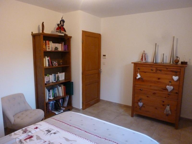 Location maison / villa St maximin 2350€ CC - Photo 4