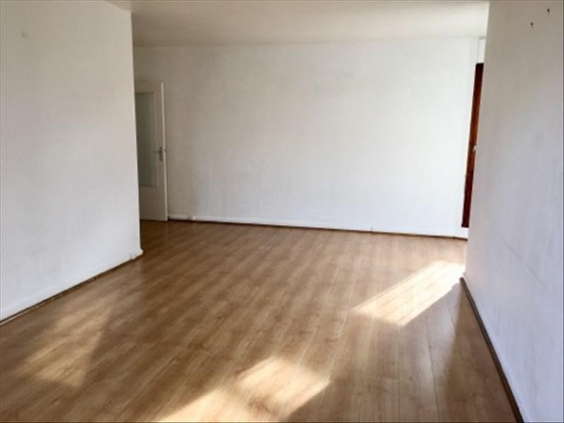 Rental apartment Le chesnay 1150€ CC - Picture 2