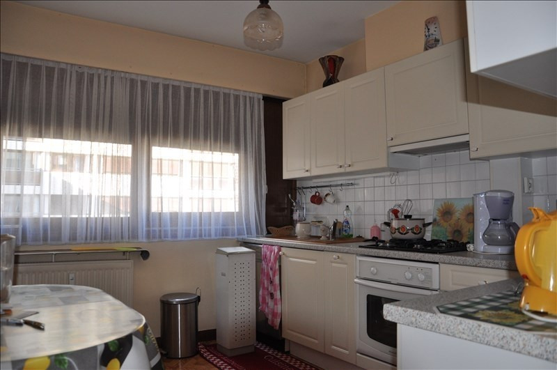 Sale apartment Oyonnax 69000€ - Picture 2