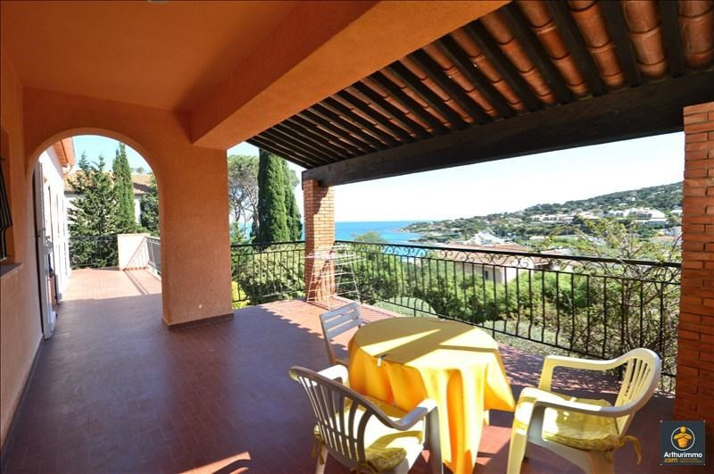 Deluxe sale house / villa Les issambres 630000€ - Picture 2