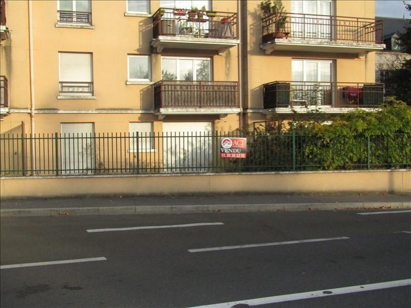 Location appartement Pontoise 740€ CC - Photo 1