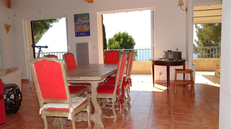 Vacation rental house / villa Cavalaire sur mer 1 500€ - Picture 10