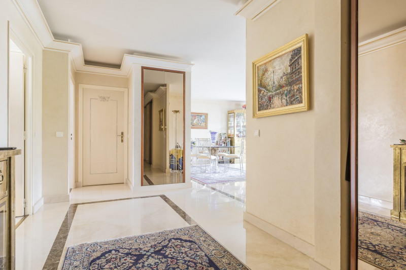 Deluxe sale apartment Levallois-perret 1 380 000€ - Picture 2