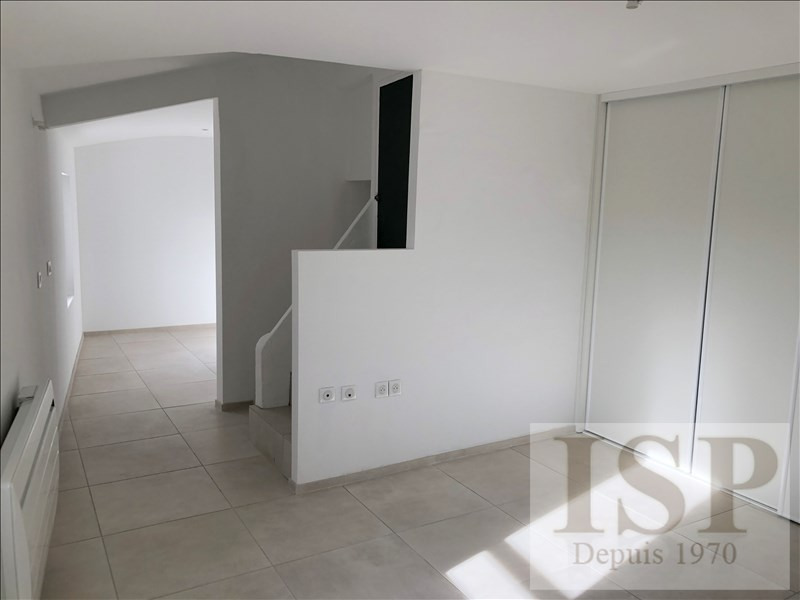 Location maison / villa Aix en provence 1 999€ CC - Photo 14