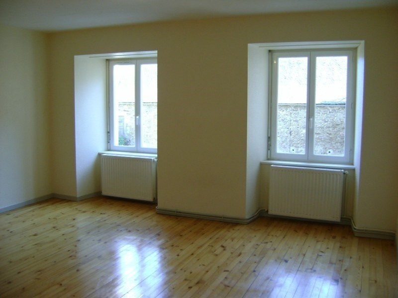 Location appartement Calmont 426€ CC - Photo 1