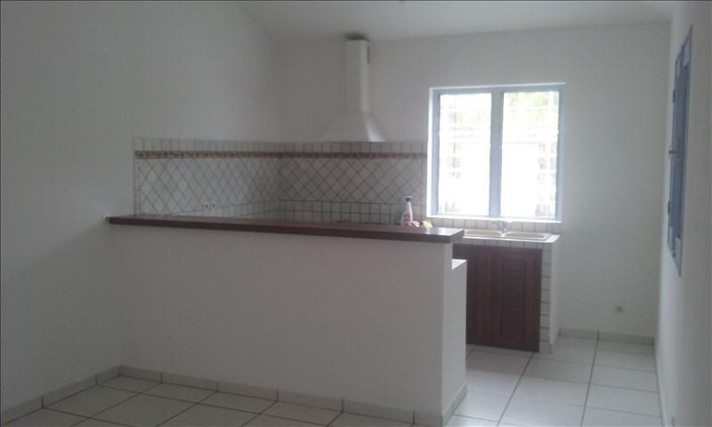Sale house / villa Les avirons 250000€ - Picture 3