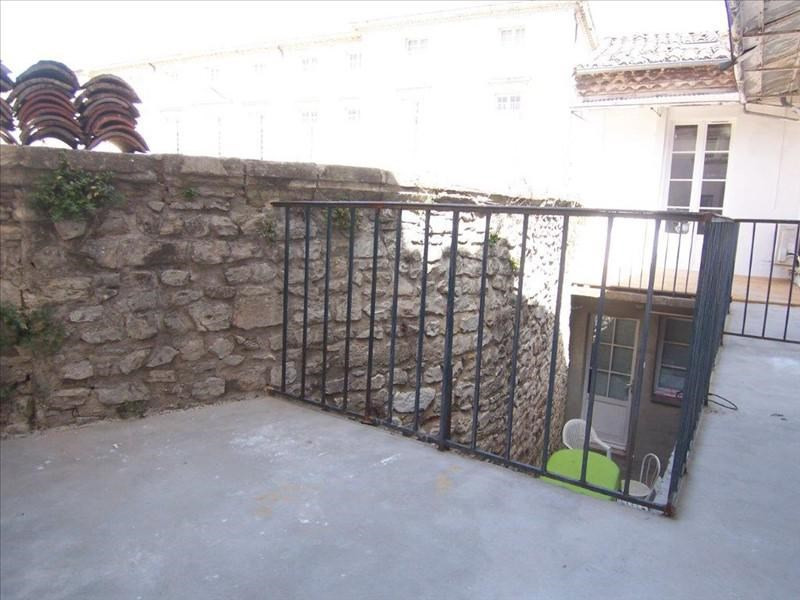 Verhuren  appartement Nimes 630€ CC - Foto 2