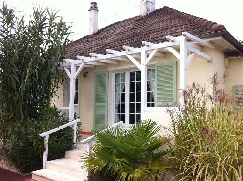Sale house / villa Vineuil 161000€ - Picture 1
