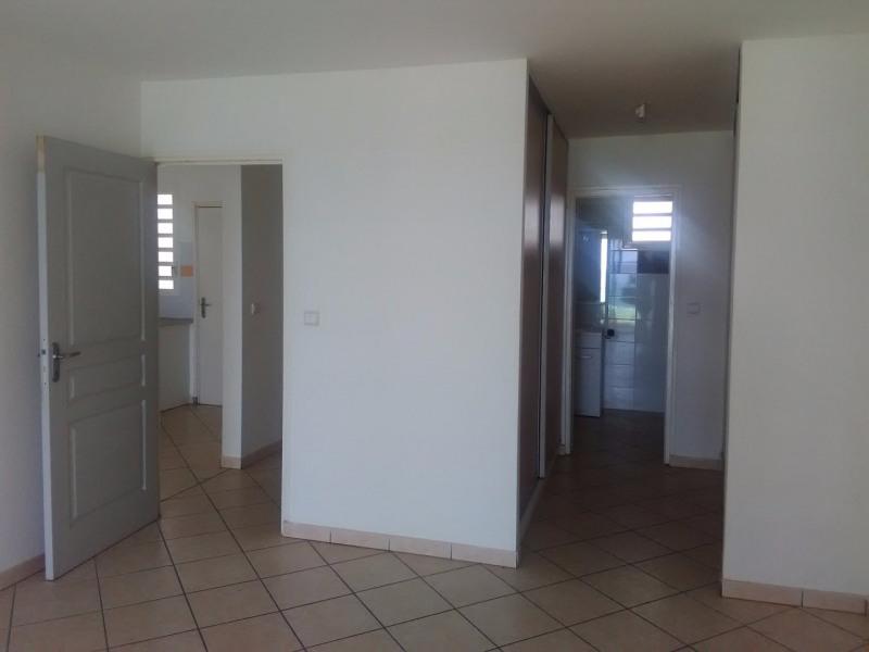 Rental apartment Le gosier 725€ CC - Picture 7