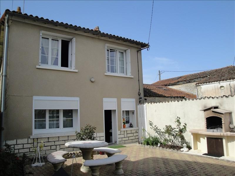 Sale house / villa Ensigne 111000€ - Picture 1