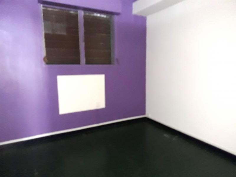 Sale empty room/storage St denis 215 000€ - Picture 3