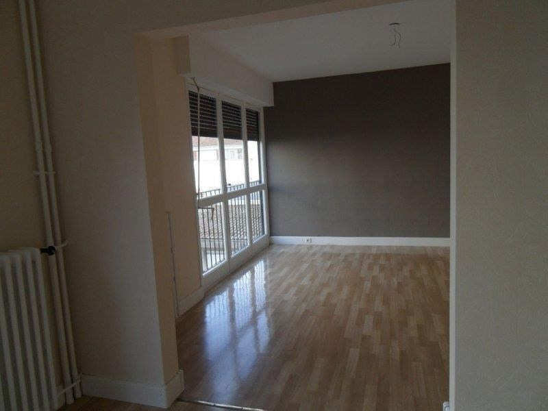 Rental apartment Troyes 476€ CC - Picture 3