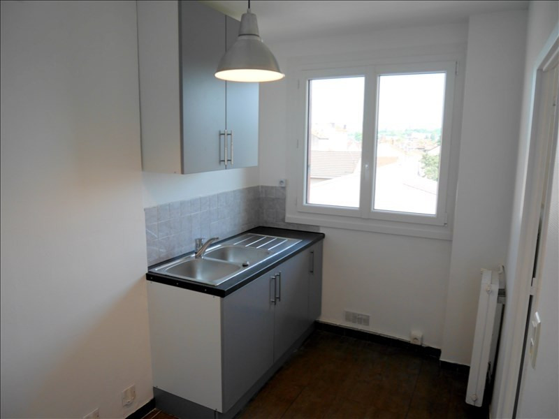 Rental apartment Livry gargan 730€ CC - Picture 4