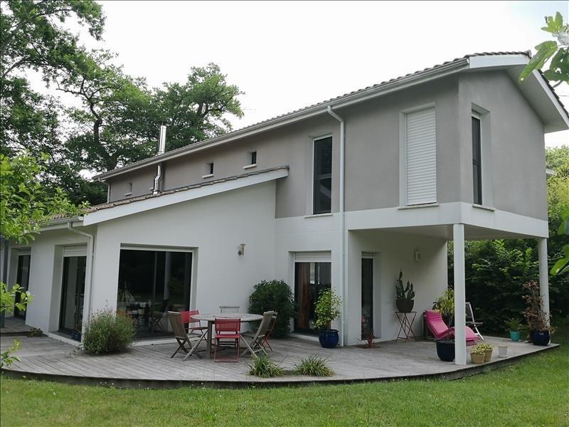 Deluxe sale house / villa Gradignan 1025000€ - Picture 1