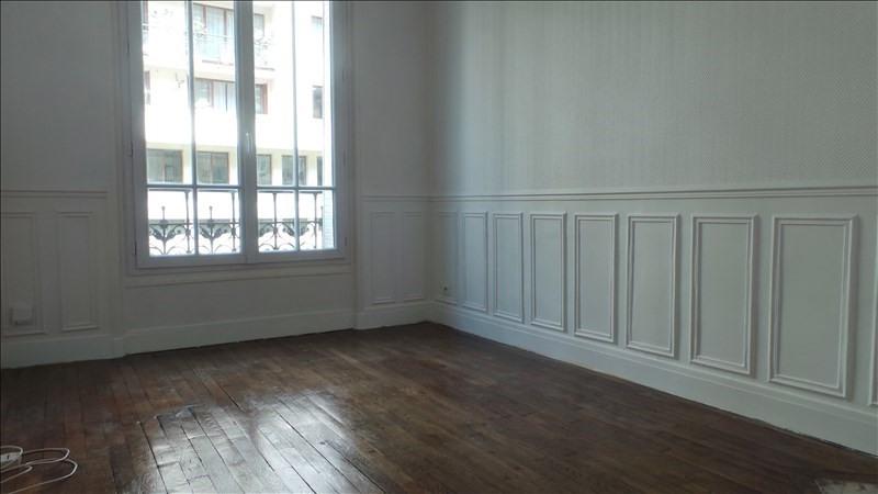 Rental apartment Levallois perret 900€ CC - Picture 1