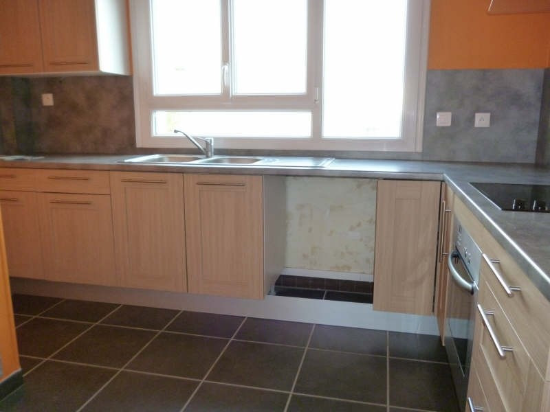 Location appartement Ifs 658€ CC - Photo 1