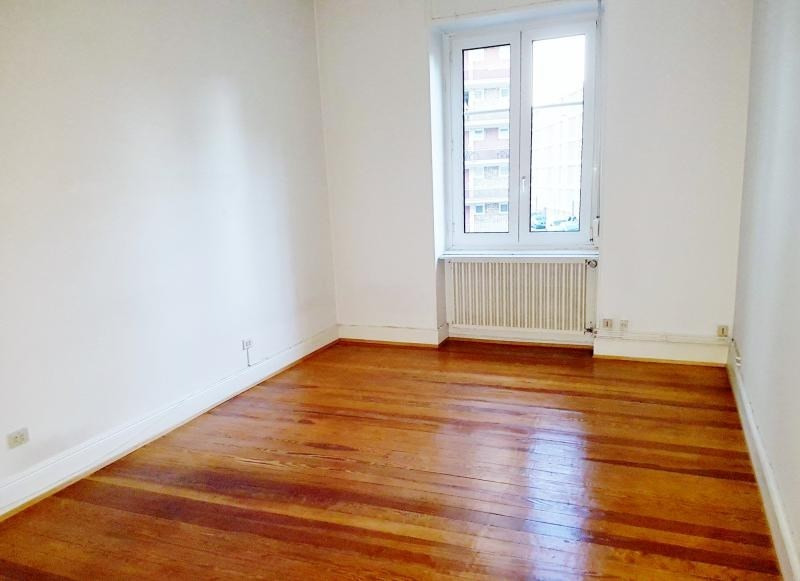 Rental apartment Strasbourg 1 100€ CC - Picture 4