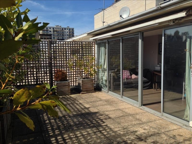 Sale apartment Saint-cloud 842 000€ - Picture 1