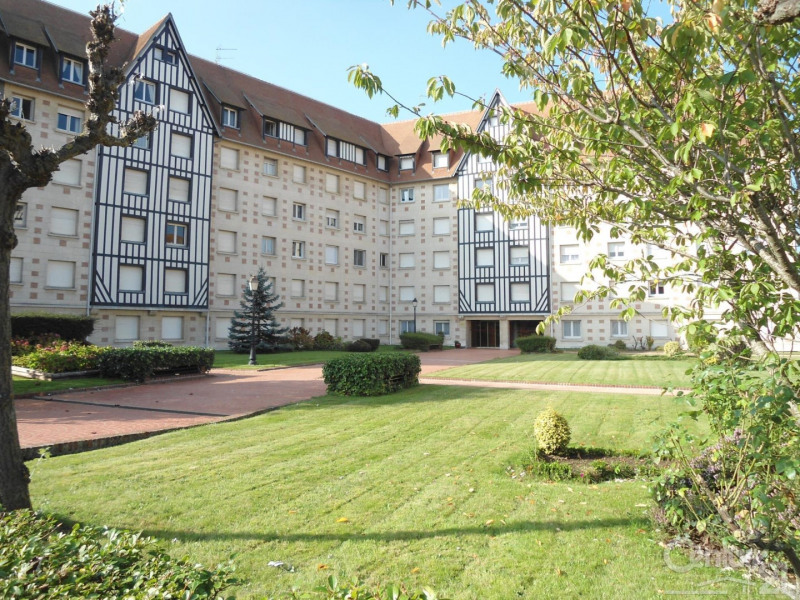 Location appartement Deauville 1600€ CC - Photo 1