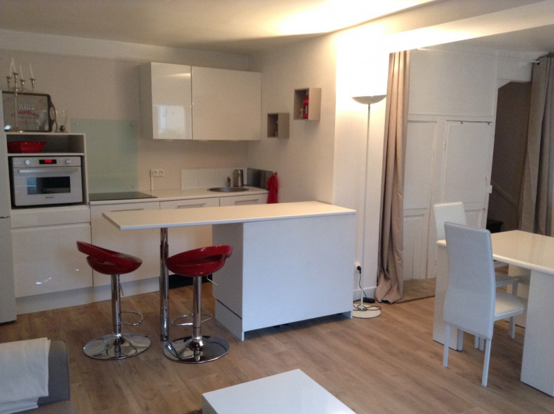 Location maison / villa Fontainebleau 1 300€ CC - Photo 3