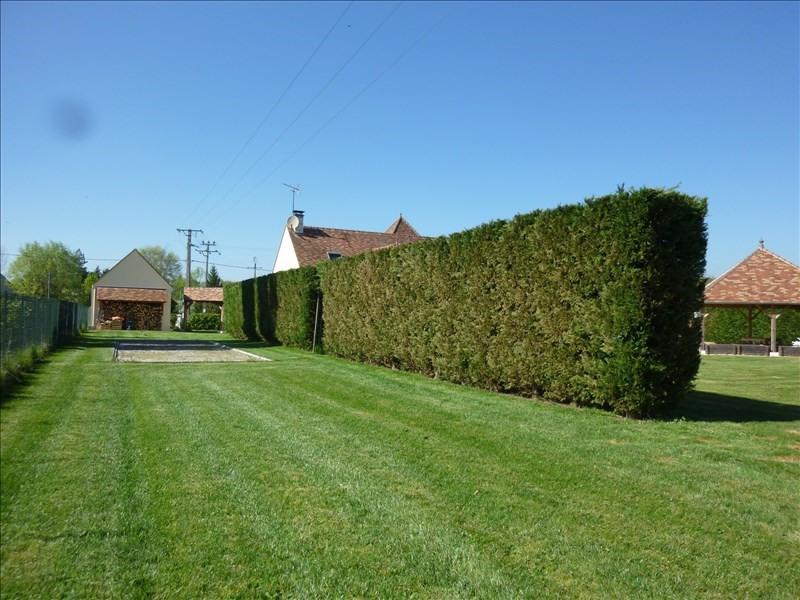 Sale house / villa St georges sur baulche 420000€ - Picture 4