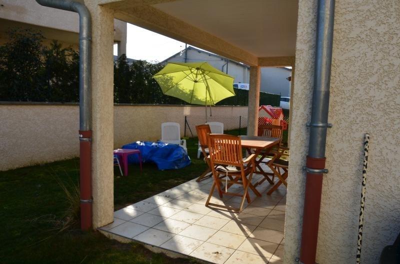 Sale house / villa Heyrieux 256000€ - Picture 10