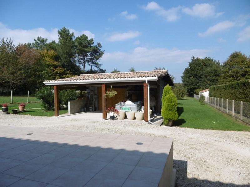Sale house / villa Montpon menesterol 160900€ - Picture 2
