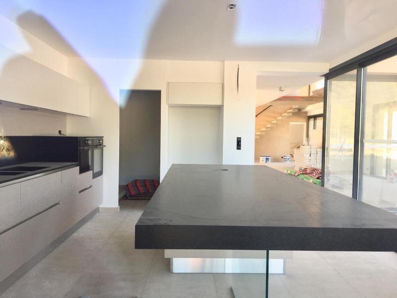 Location maison / villa Aix en provence 4650€ CC - Photo 2