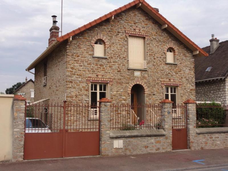 Location maison / villa La rochette 1250€ CC - Photo 1