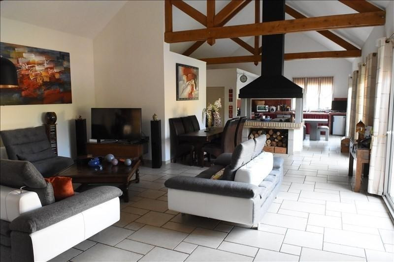 Deluxe sale house / villa Chatou 1140000€ - Picture 1