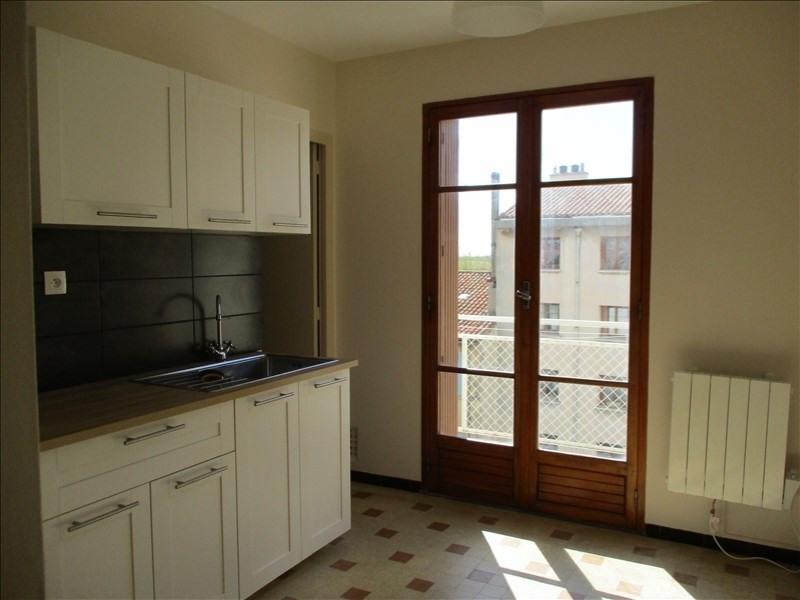 Verhuren  appartement Salon de provence 570€ CC - Foto 4