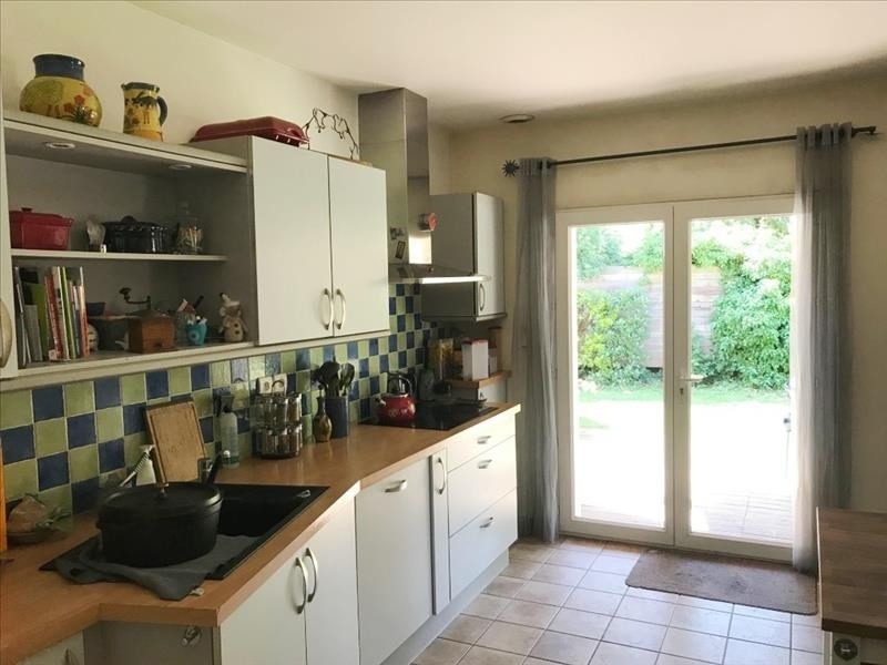 Vente de prestige maison / villa St priest 564 000€ - Photo 5